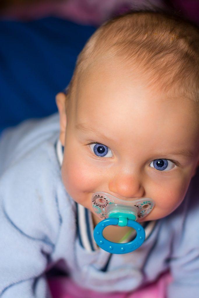 baby-552610_1920-683x1024