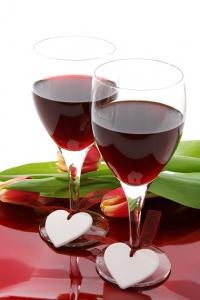 wine-anniversary-17447_640-200x300